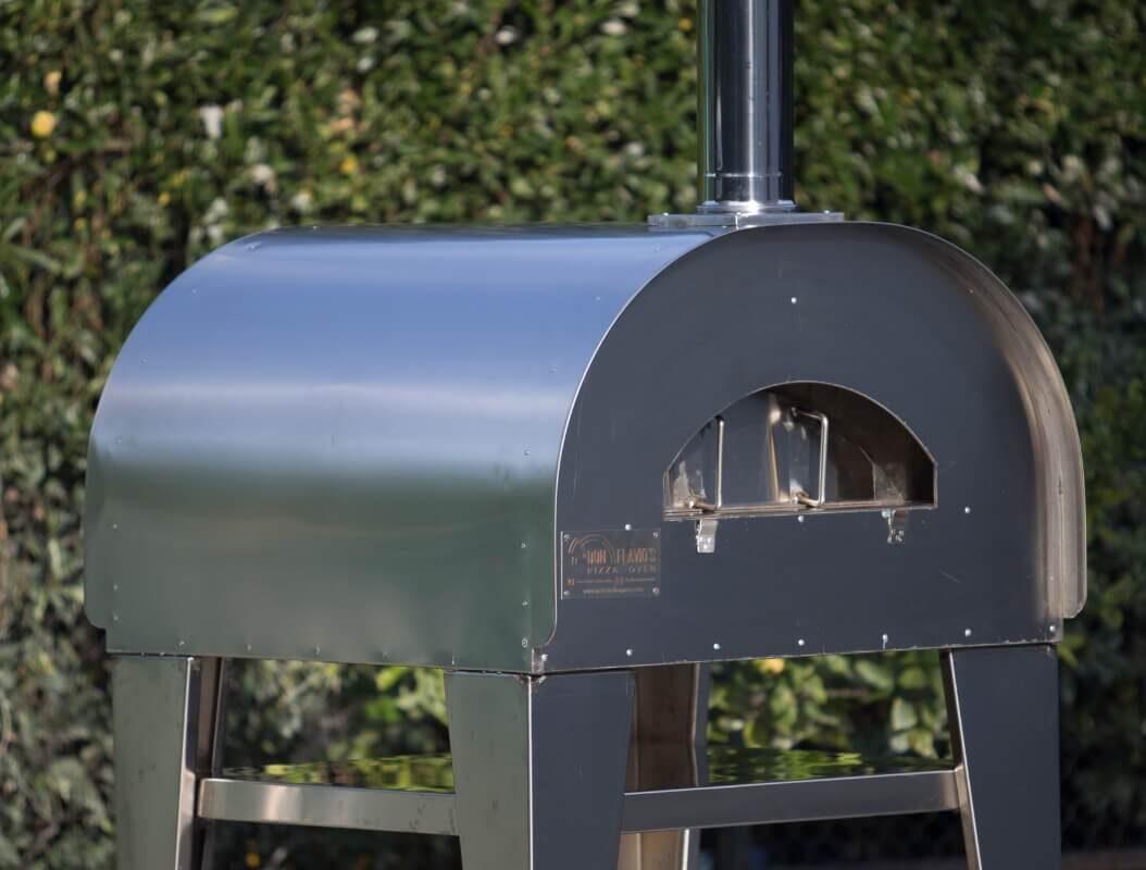 forno in acciaio a legna