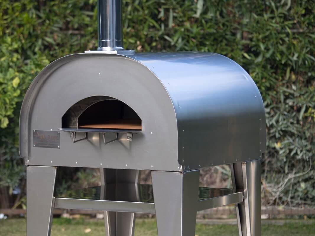 composizione strutturale del forno a legna in acciaio